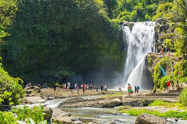 Indonesia-Bali-Tegenungan Waterfalls