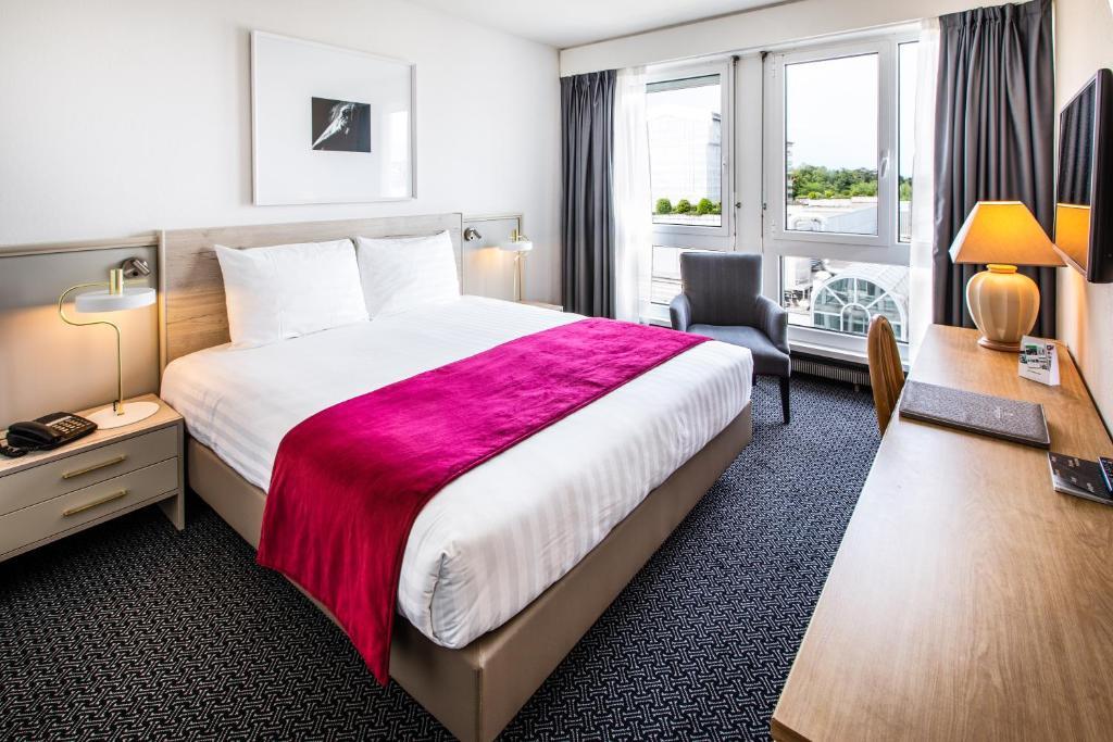 Hotel Drake-Longchamp, 3*