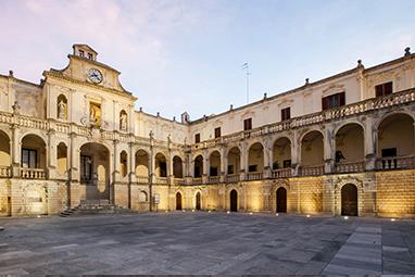 Italy - Lecce - Piazza del Duomo