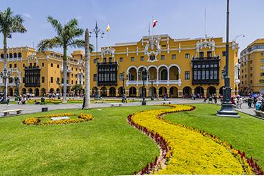 Peru-Lima-Plaza de Armas