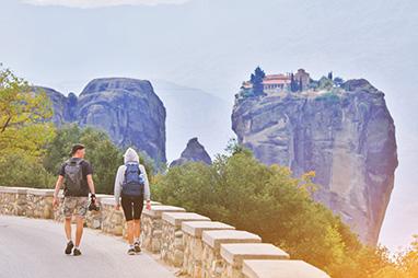 Thesalia-Meteora-Hiking on the rocks