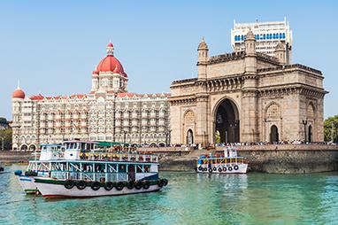 India - Mumbai - Gateaway of India
