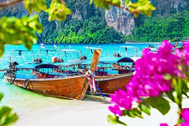 Thailand-Phi Phi Islands-Ton Sai Beach