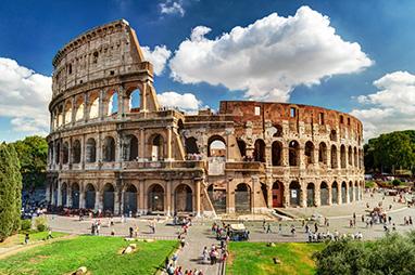 Italy-Rome-Κολοσσαίο