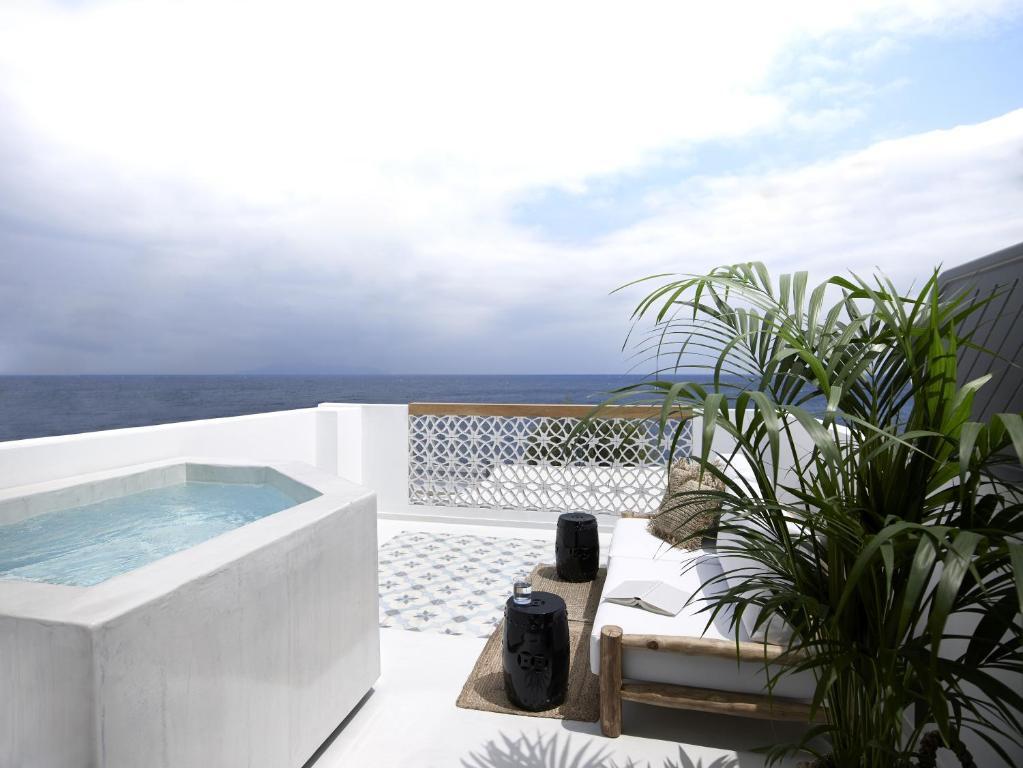 Apanemo Hotel & suites, Santorini