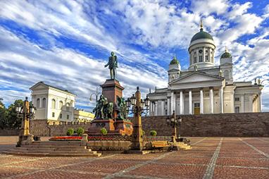 Finland-Helsinki-Πλατεία της Γερουσίας