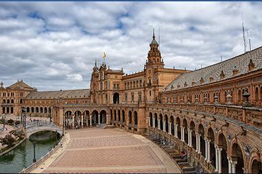 Spain-Seville-Plaza de España