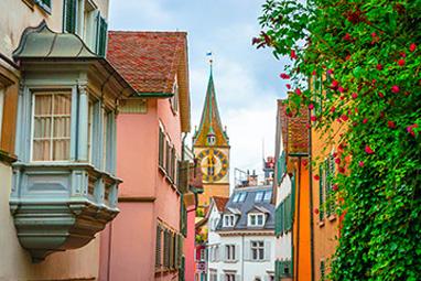 Switzerland-Zurich-A walk to the Churches